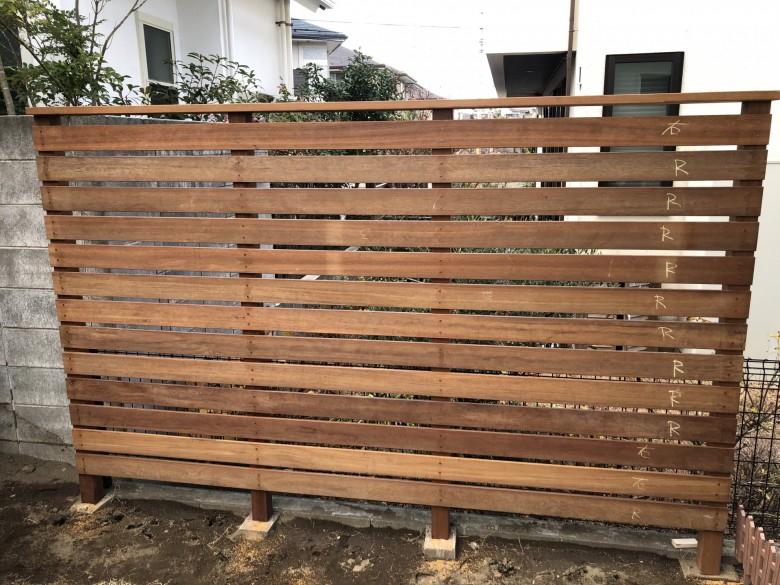 DIY初挑戦のウリンフェンス材